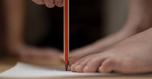 pencil-in-90-degrees-to-feet