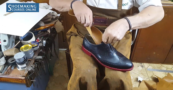 Attaching sock lining in shoe making