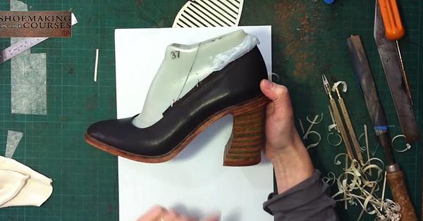 high-heel-with-green-inlayers