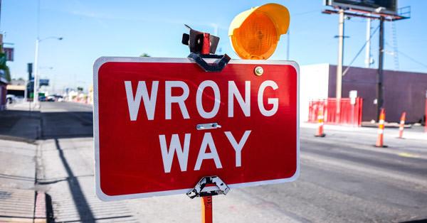 Worng-way-sign