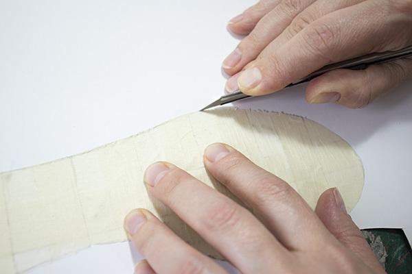 cutting the shoe insole pattern