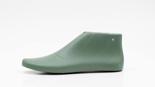 sneakers-shoe-last